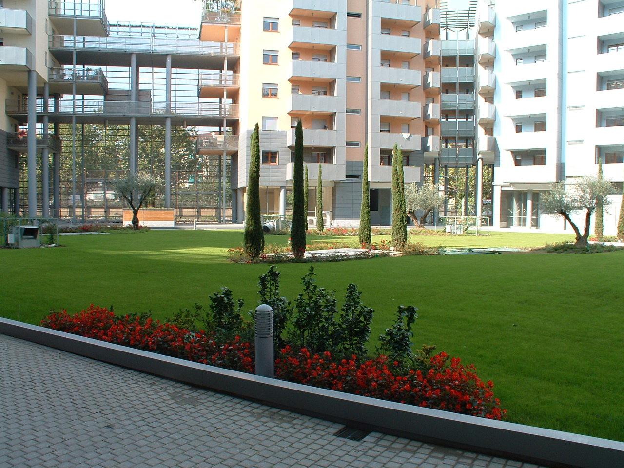 ROSTAFLOR Progettazione e realizzazione di giardini e terrazzi torino