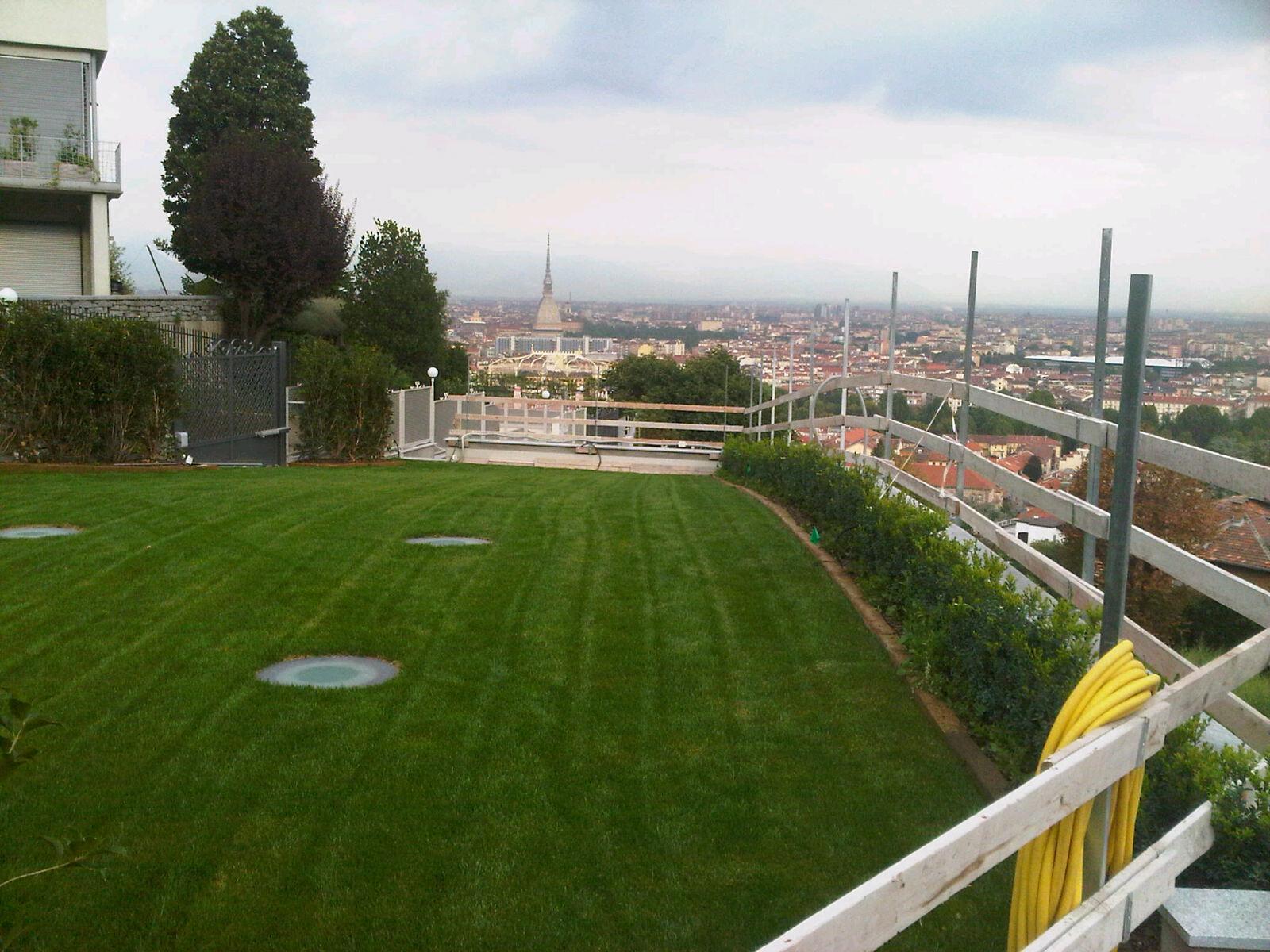 Rostaflor progettazione e realizzazione di giardini pensili for Progettazione giardini pensili